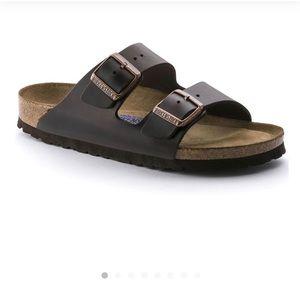 Brown leather soft footbed Arizona Birkenstock's